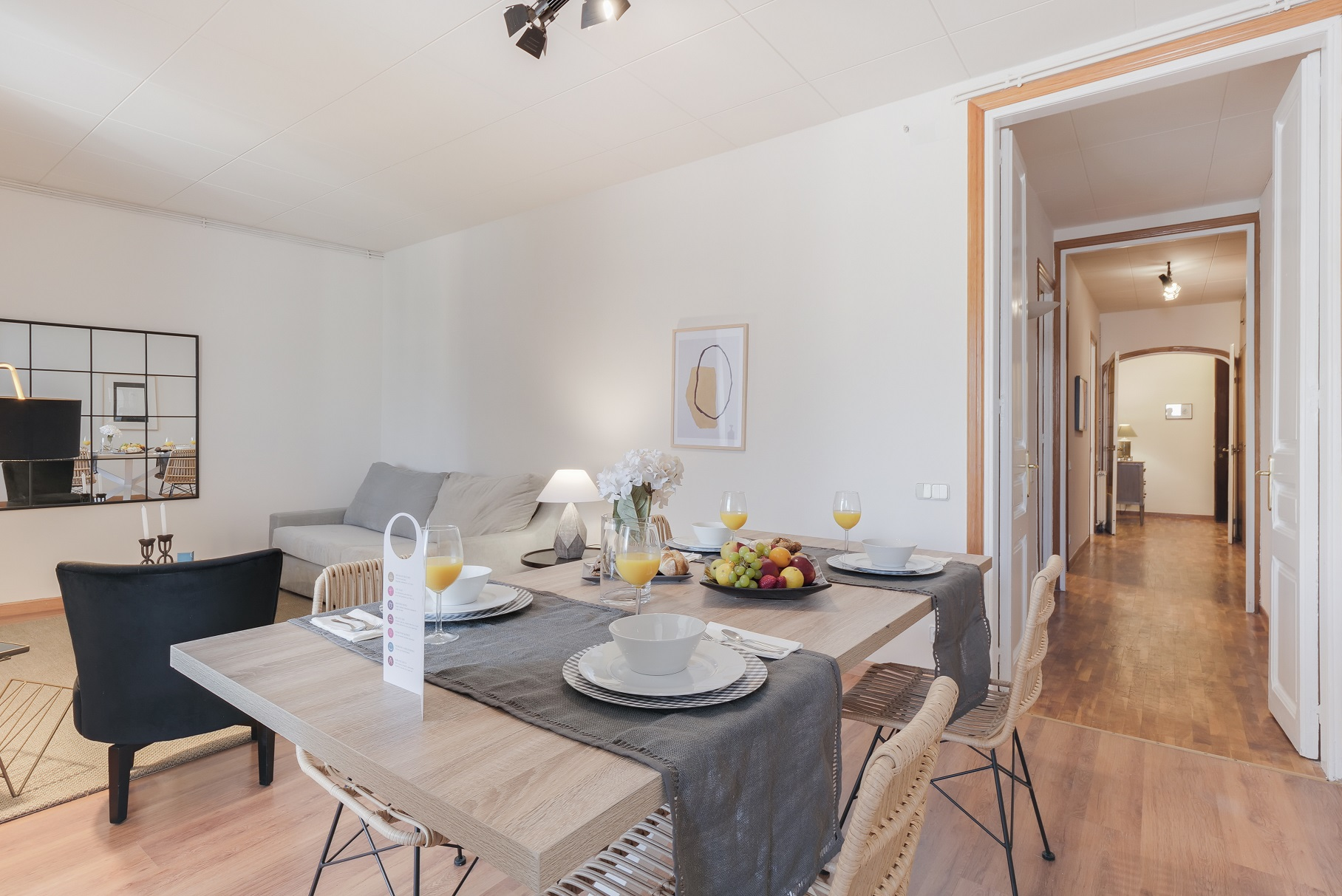 Dining table at Rocafort Apartments