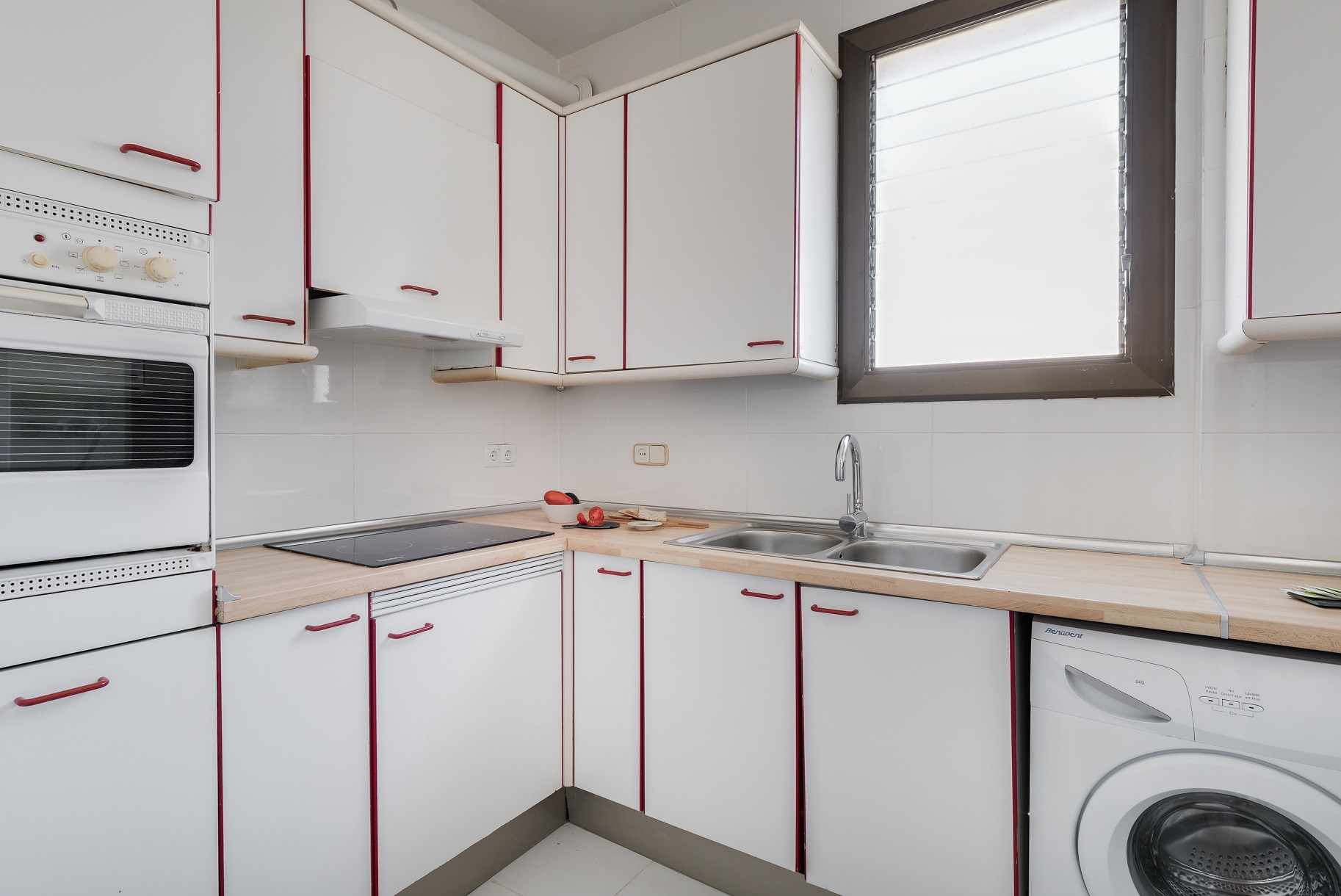 Kitchen facilities at Rocafort Apartments