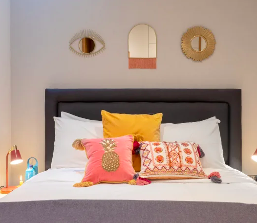 Cosy bedroom at Kensington High Street Serviced Apartments