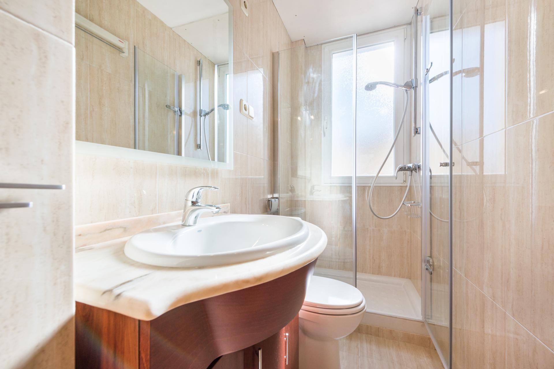Bathroom at Bright Salamanca Apartment