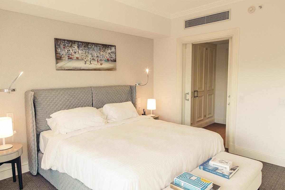 Bedroom at Alvear Icon