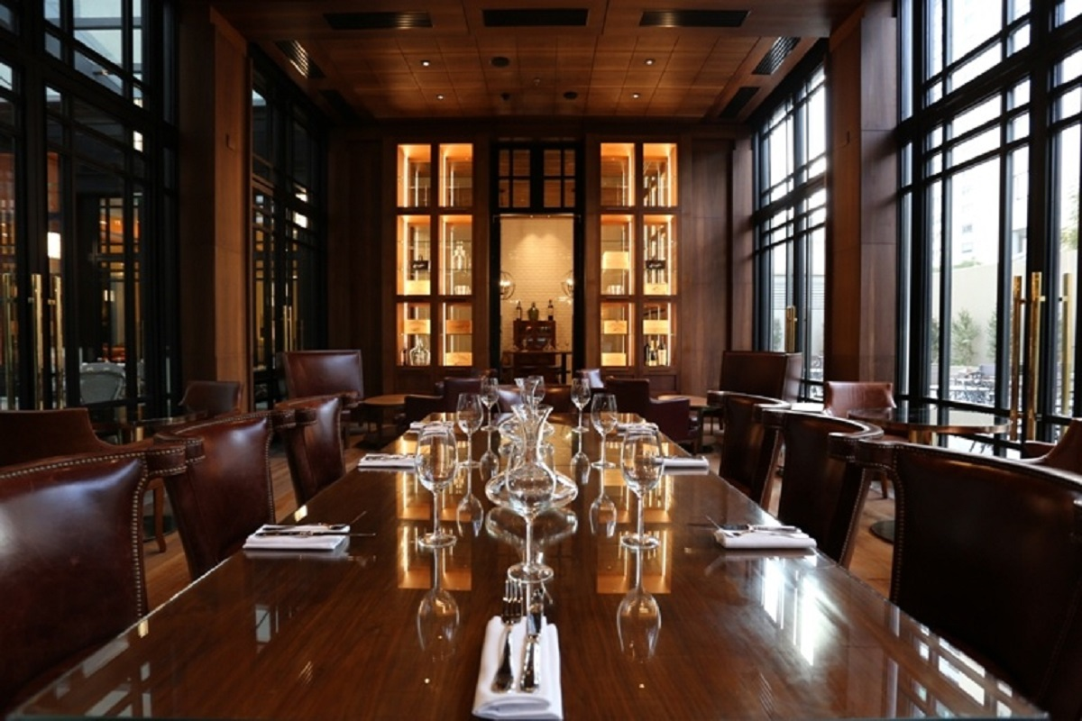 Restaurant at Alvear Icon Apartments