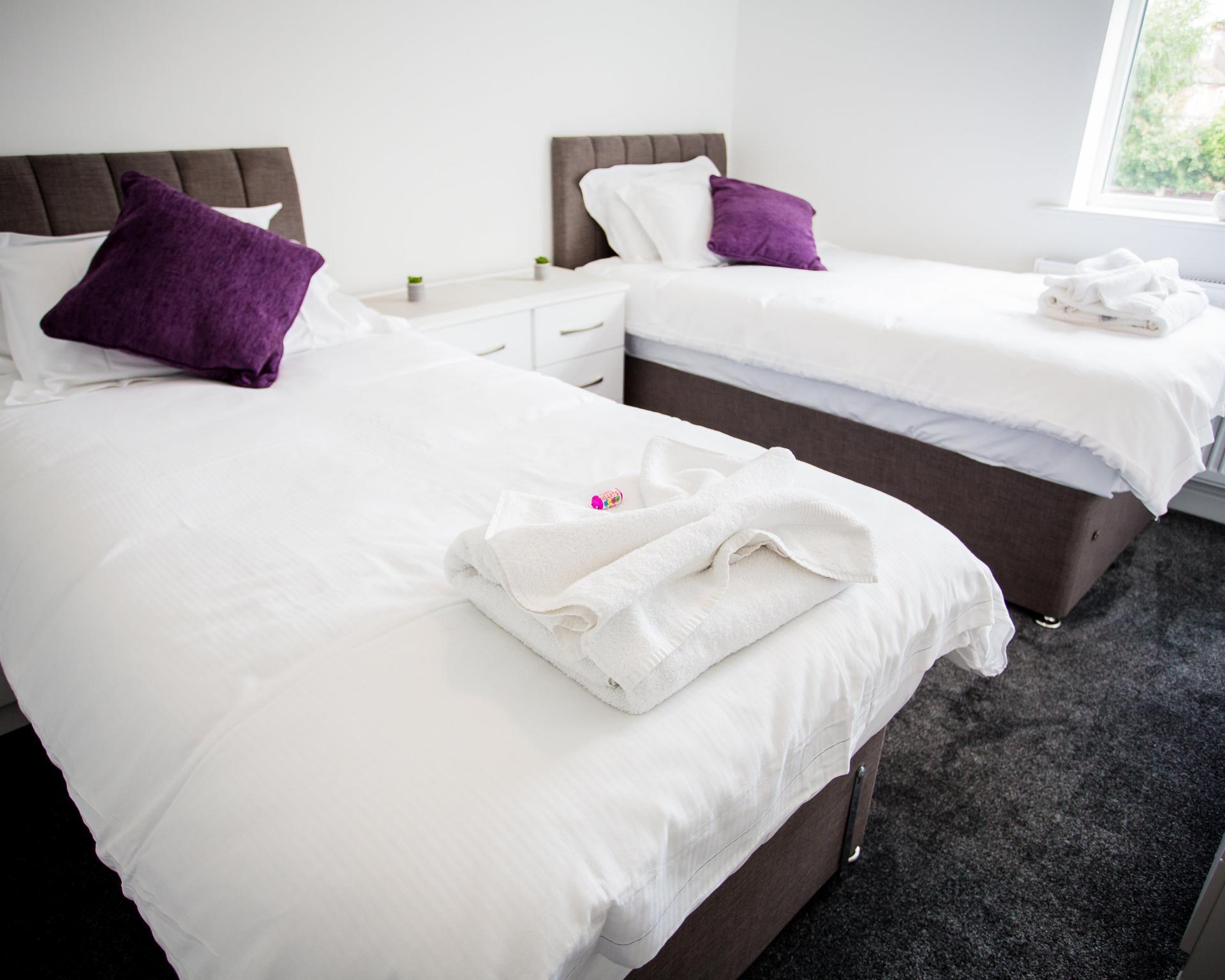 Twin room at Comfort House Tamworth