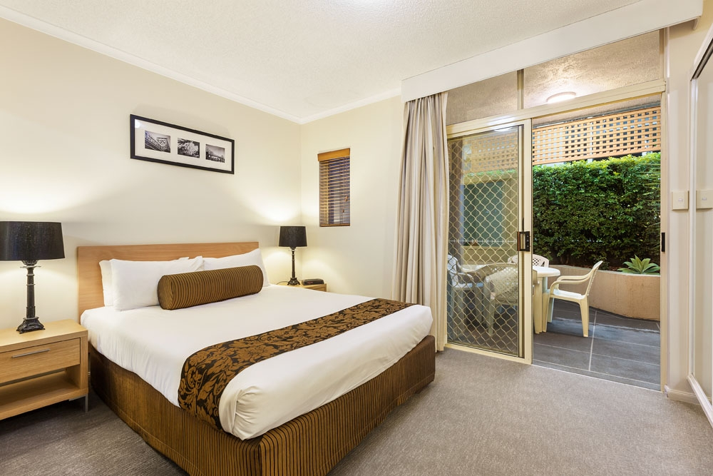 One bedroom with courtyard at Quest On Story Bridge