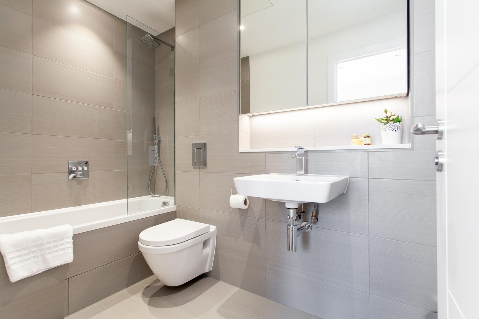 Modern bathroom at The Lofts E1 By Q Apartments