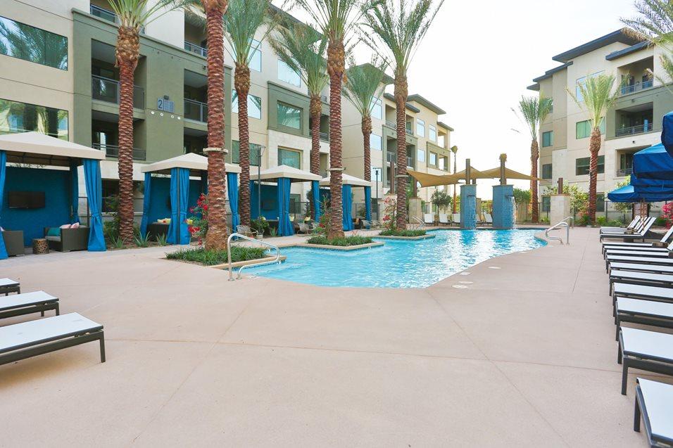 Pool at Broadstone Chandler Fashion Center Apartment