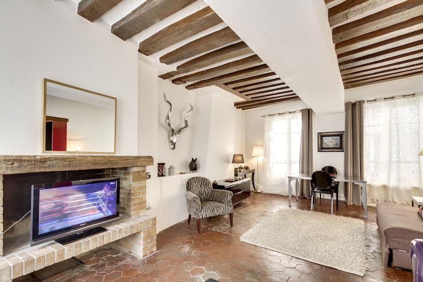 Living room at Rue Tiquetonne Apartment