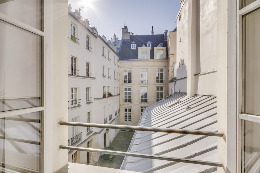 Exterior at Rue Tiquetonne Apartment