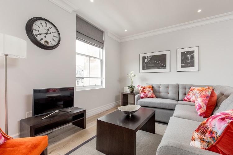 1 bed lounge at Chisholm Hunter Suites