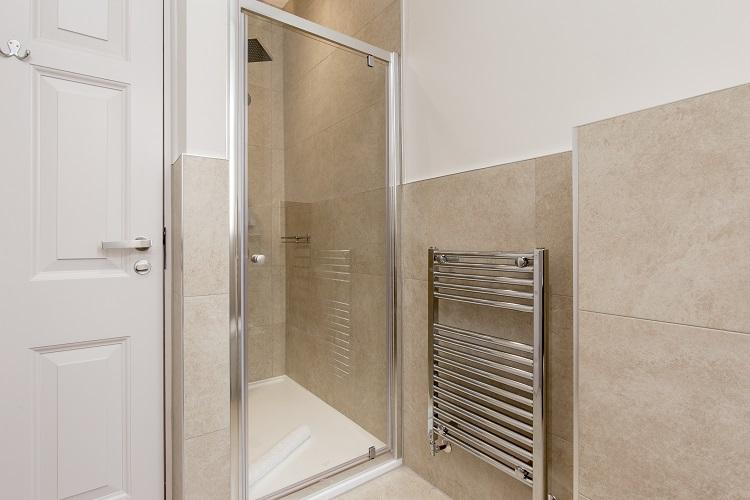 Shower at Chisholm Hunter Suites