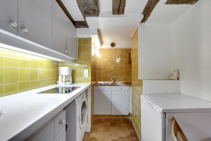 Kitchen at Rue Vieille Du Temple Apartments