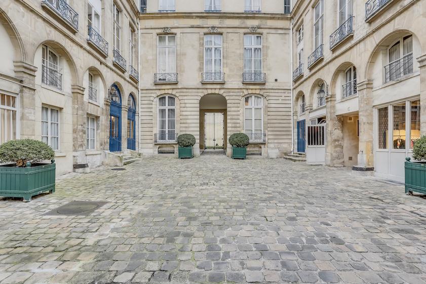 Courtyard at Rue Vieille Du Temple Apartments