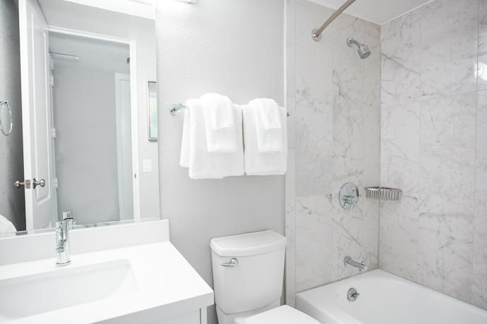 Bathroom at 2000 Broadway Apartments