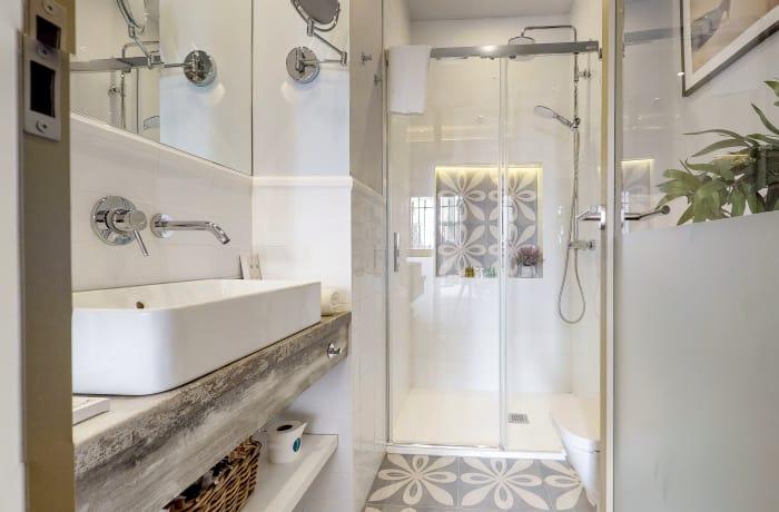 Bathroom at Conde De Torrejon 11 Apartment