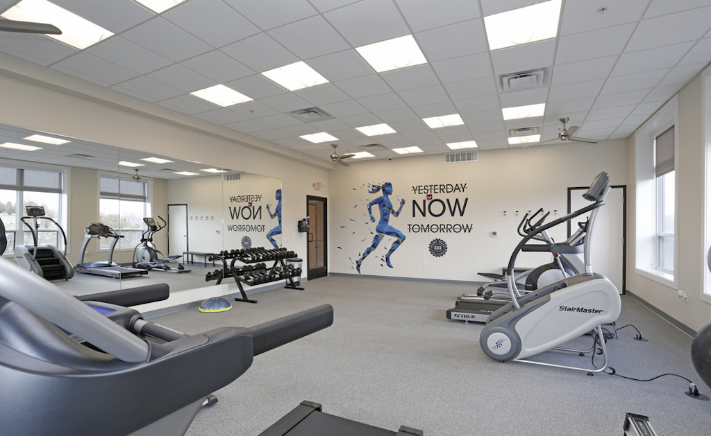 Fitness Center at Park West 205 Apartment