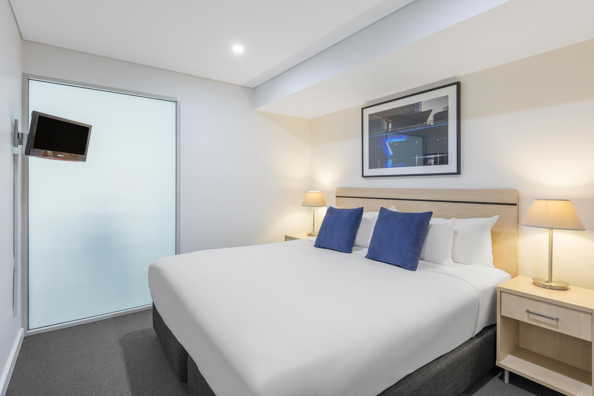 Bedroom at Oaks Adelaide Embassy Suites
