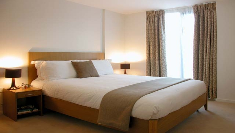 Executive bedroom at Liverpool One Apartments