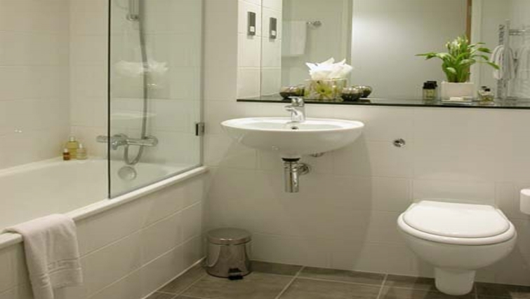 Superb bathroomn at Liverpool One Apartments