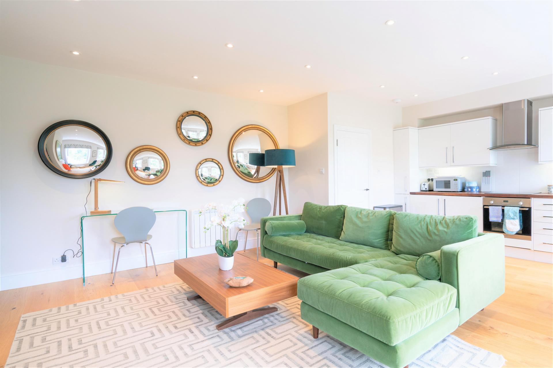 Living area at 20 Montpellier Spa Road