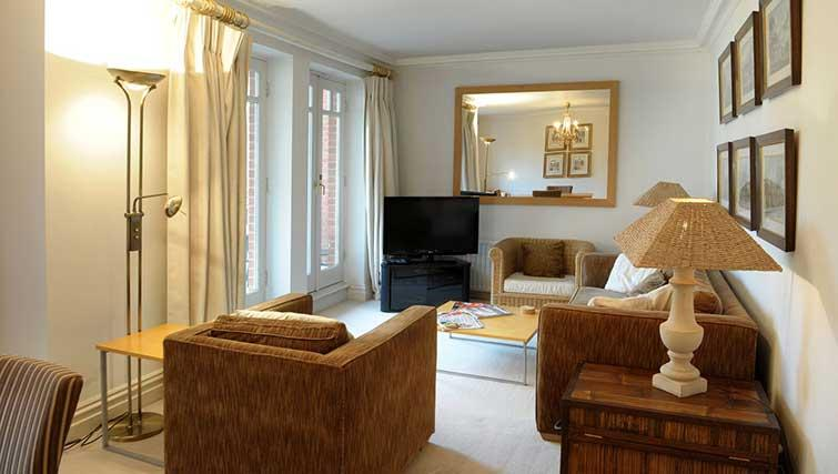 Traditional living area in Clevedon House