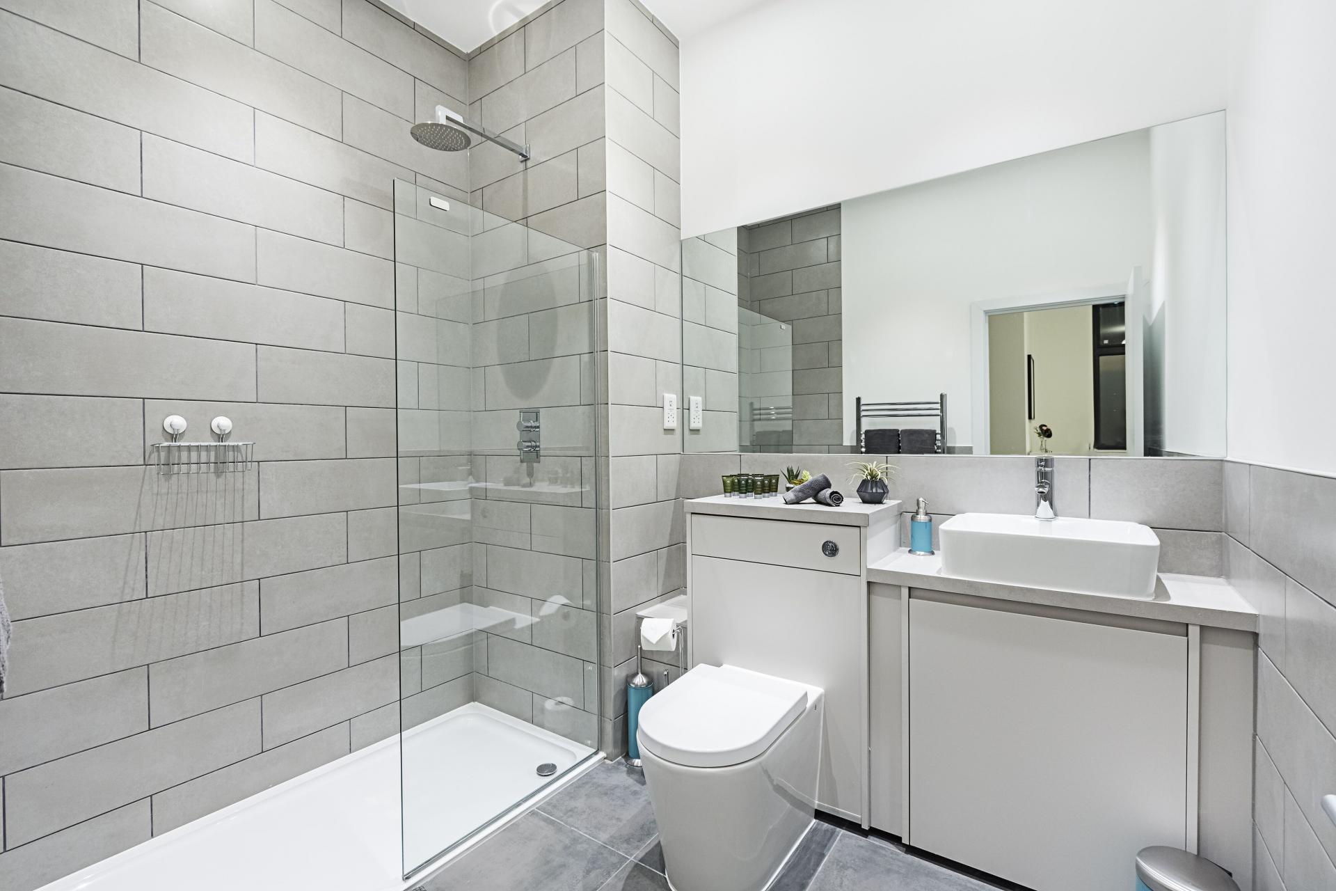Modern bathroom at Vibrant Vauxhall Apartments