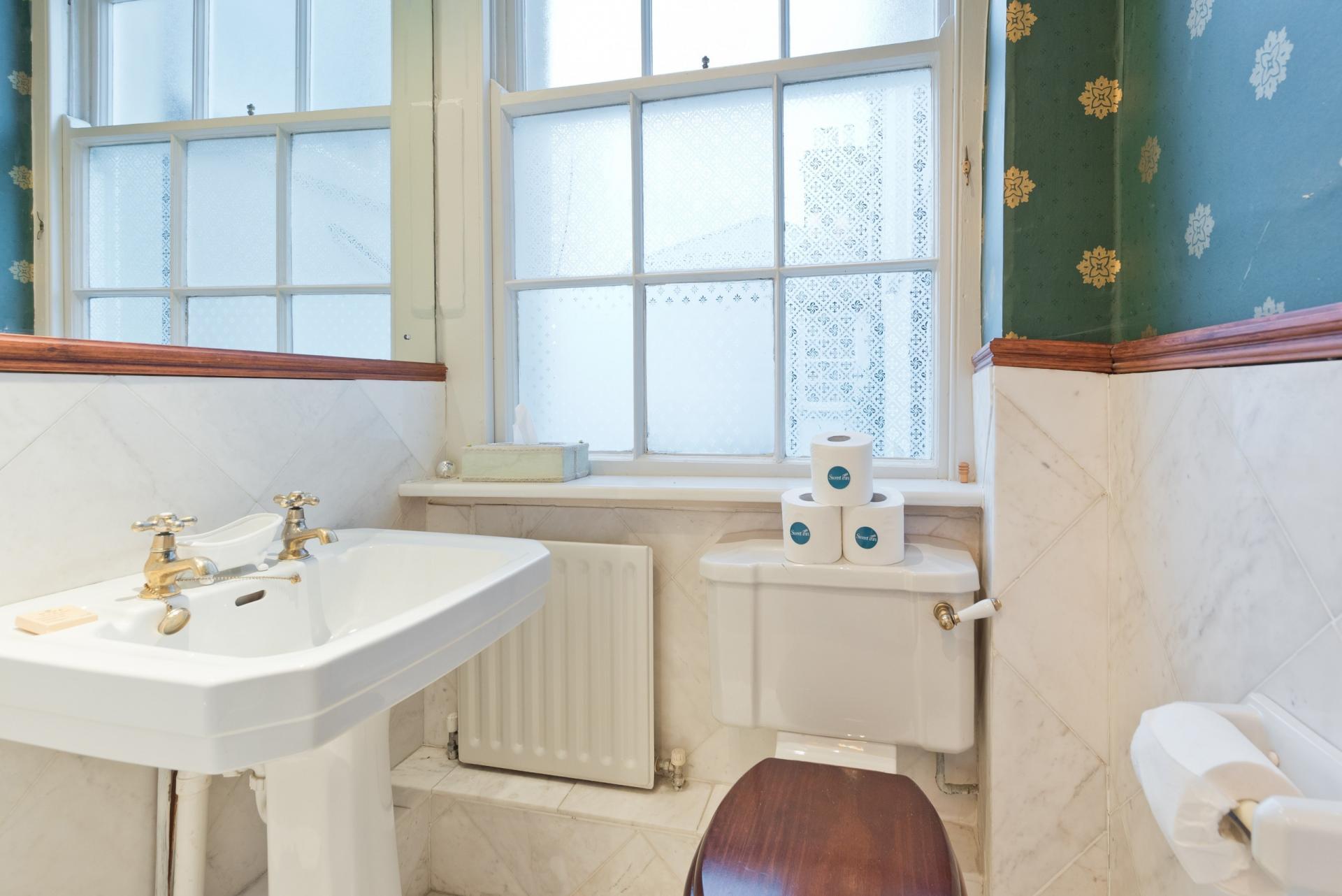 Bathroom 2 at Elegant Ballsbridge Apartments