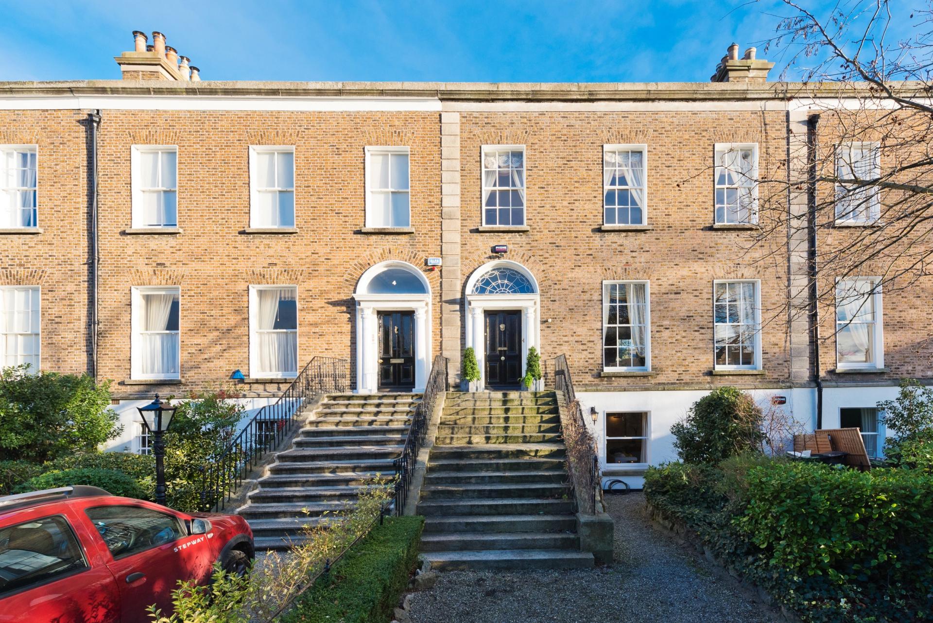 Exterior at Elegant Ballsbridge Apartments