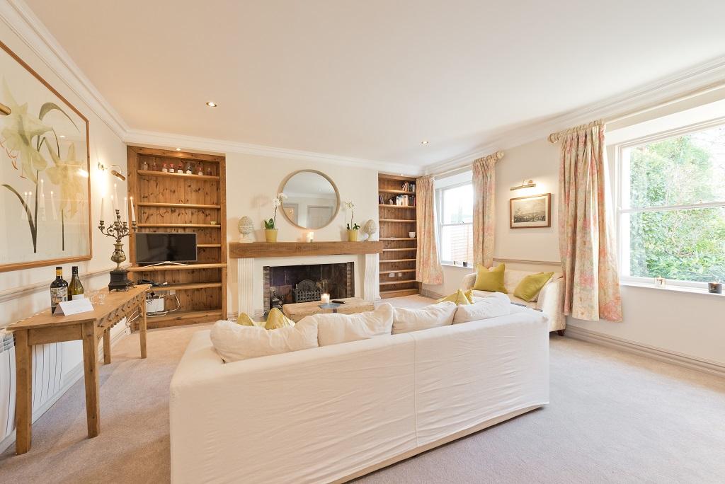 Lounge at Elegant Ballsbridge Apartments