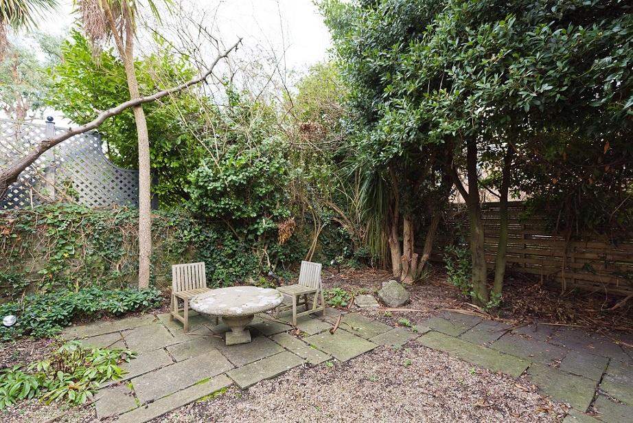 Garden at Elegant Ballsbridge Apartments