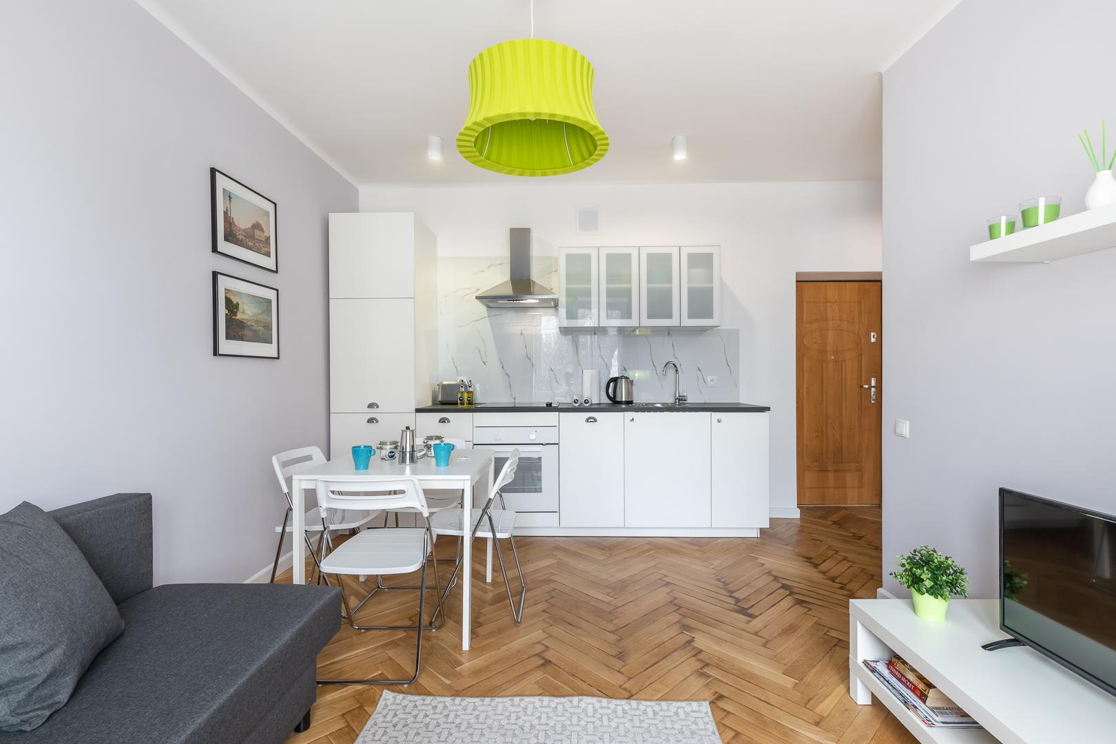 Open-plan living area at Franciszkaska 10 Apartment
