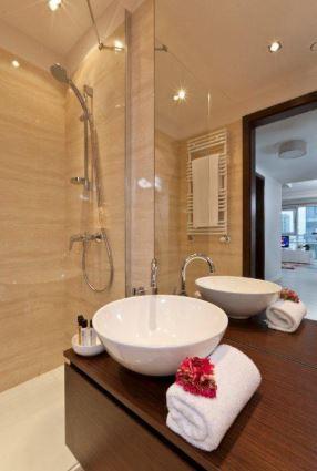 Bath at Grzybowska Apartments