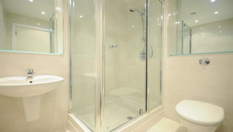 Contemporary bathroom in Imperial Apartments