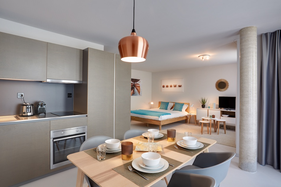 Dining table at Morache Apartments