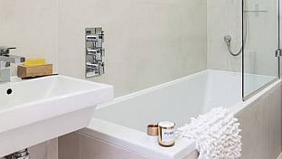 Bathroom at White Hill 3 Apartment