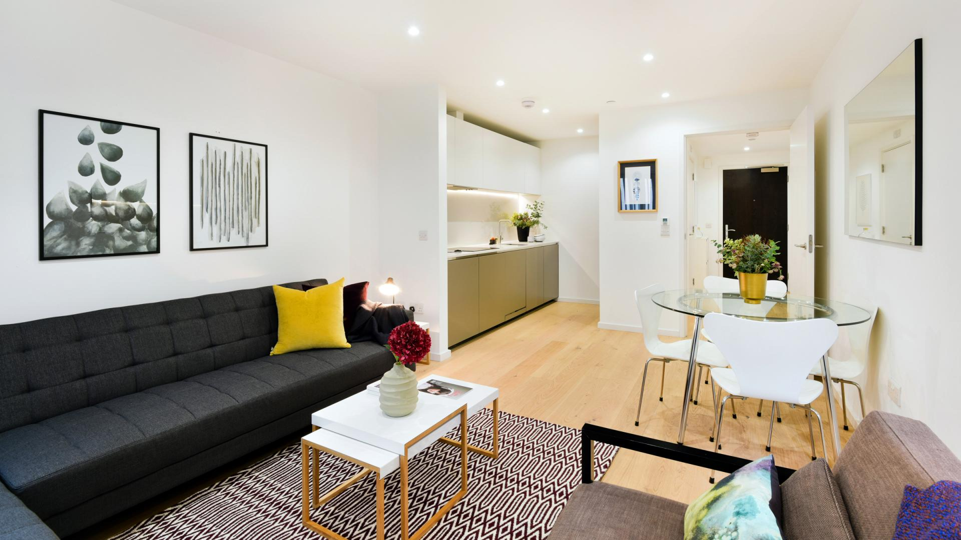 Stylish living room at Clapham South 1 Apartment