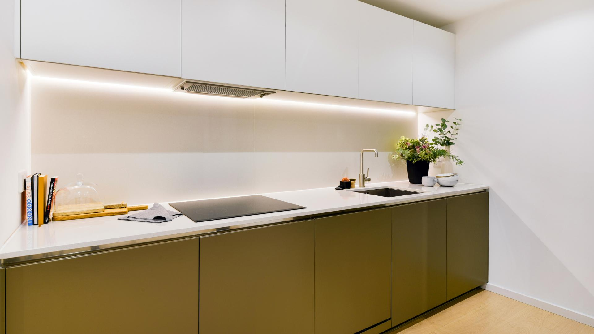 Kitchen facilities at Clapham South 1 Apartment