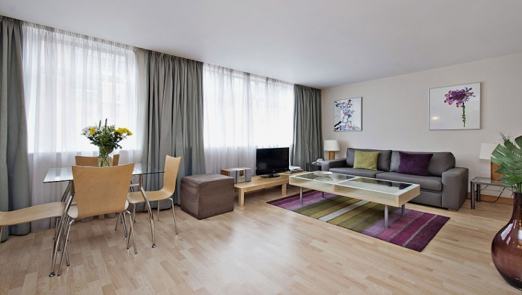 Bright living area in 6-8 St Christophers Place Apartments