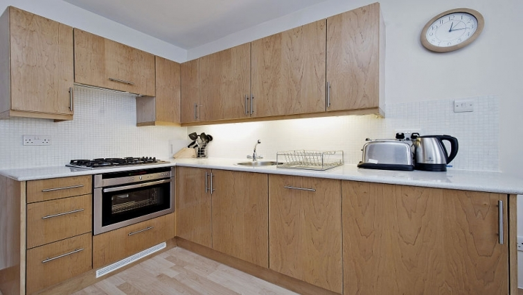 Simplistic kitchen in 6-8 St Christophers Place Apartments