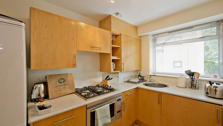 Kitchen in 6-8 St Christophers Place Apartments