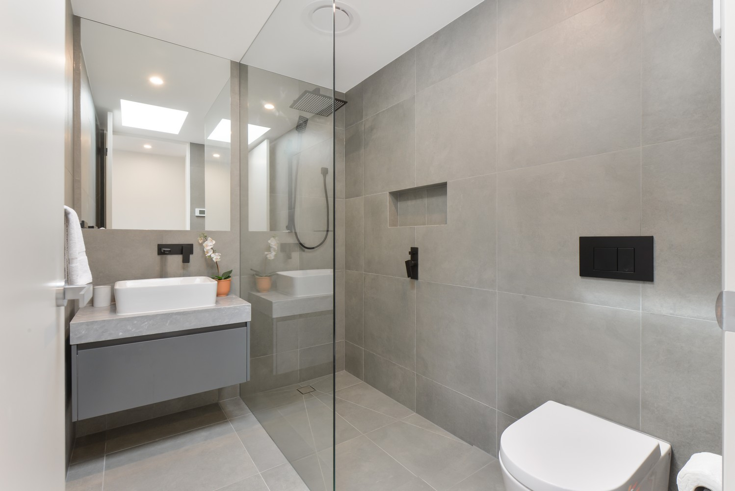 Modern bathroom at Victoria Road Townhouse