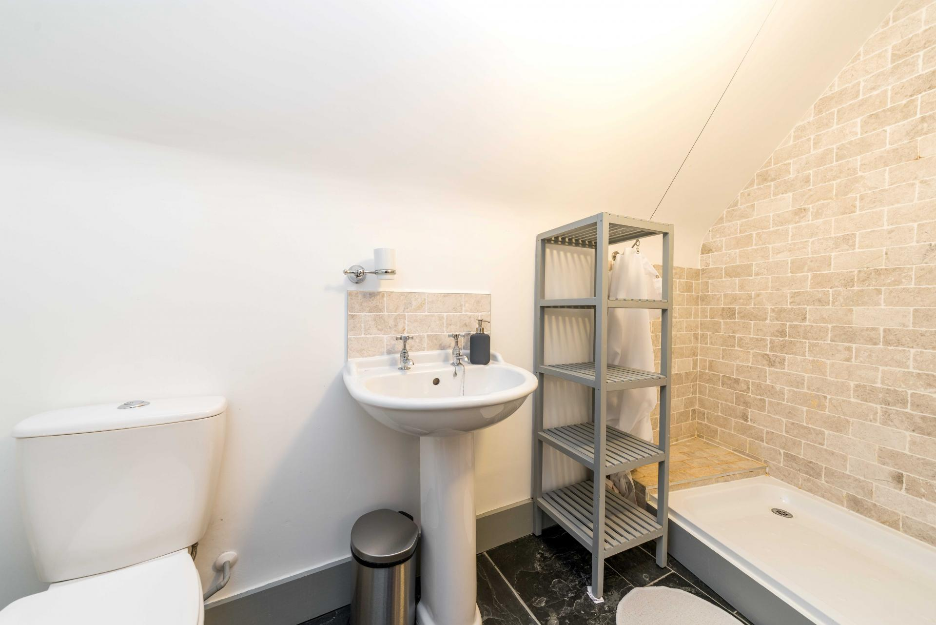 En-Suite area at Stowfield House