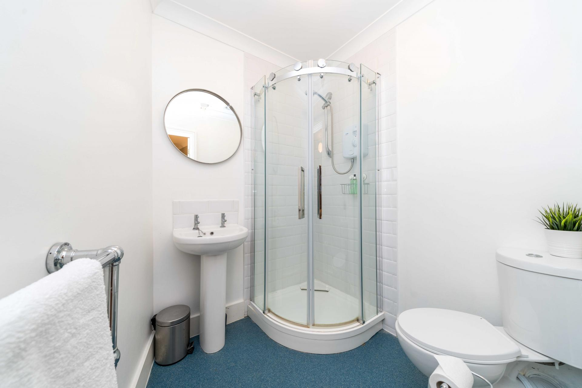 En-Suite shower at Stowfield House