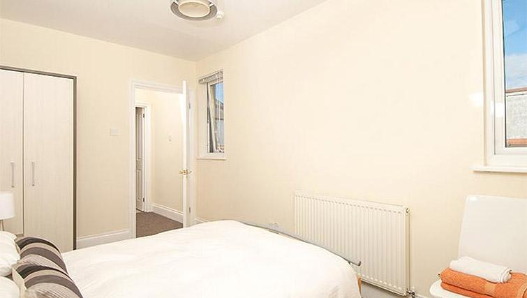 Double bed at Trafalgar Place Apartment