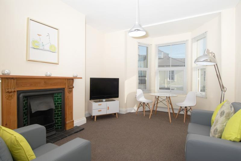 Living area at Trafalgar Place Apartments
