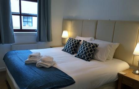 Bedroom at Merchant City