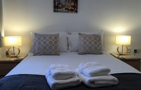 Comfortable bed at Merchant City