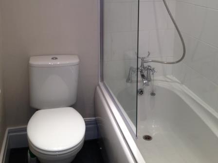 Bathroom at Rosslyn Terrace Apartment