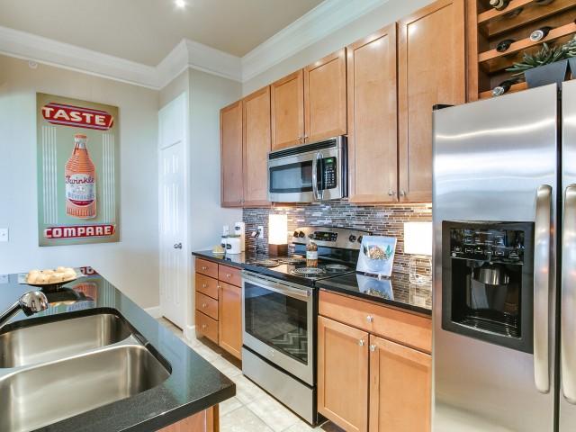 Cheval Apartment Houston Silverdoor Apartments