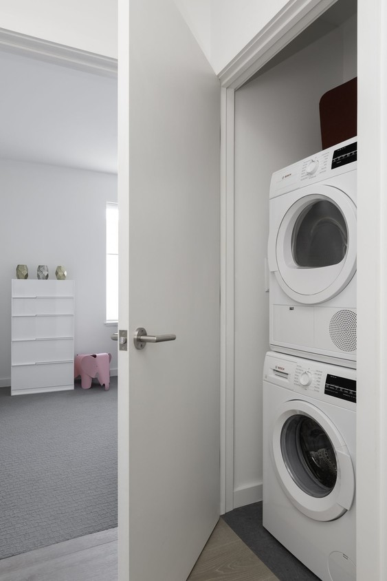 Laundry facilities at Union House Apartment