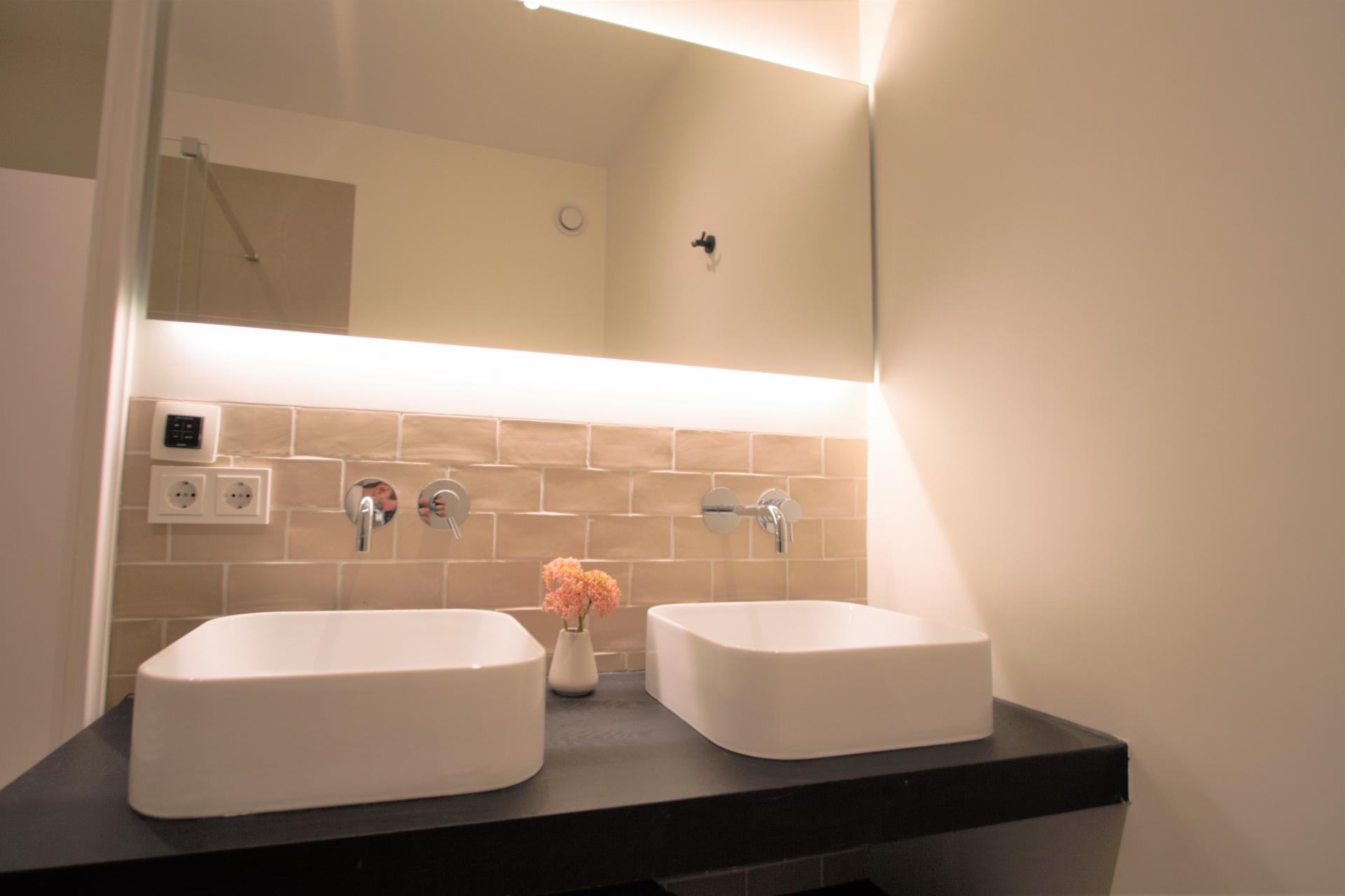 Sinks at Frederiks Square Serviced Apartments, Amsterdam